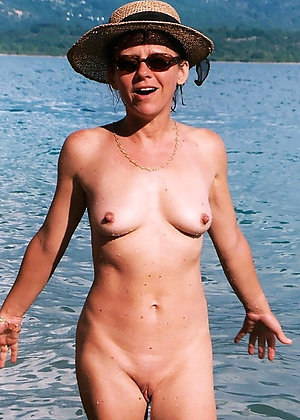 Xxx nude mature beach