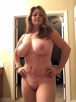 Xxx mature big tits gallery
