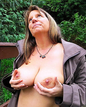 Xxx mature housewife pussy pics