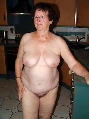 Nude horny of age housewife pictures