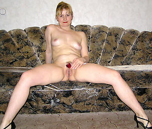 Best mature housewife galleries