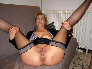 Real mature housewife galleries