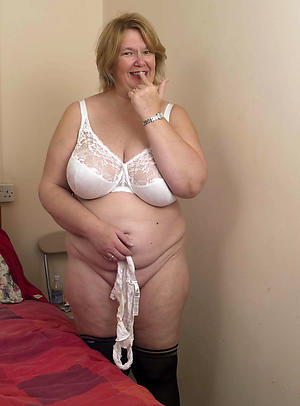 Free amateur mature housewife
