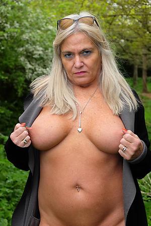 Xxx grown up nude ladies