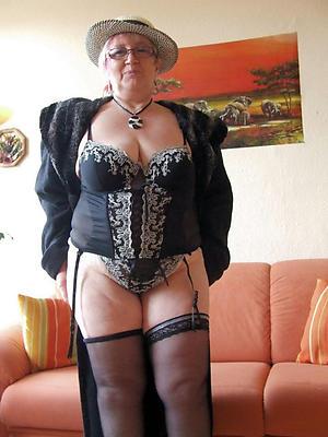 Free mature ladies pics