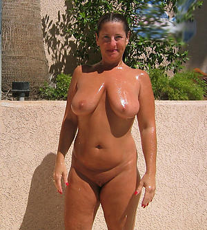 Apathetic mature nude cougars photos