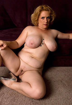Amateur pics of horny mature cougars