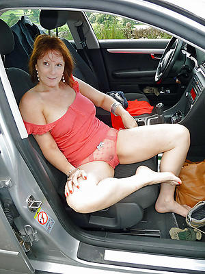 Stripped mature in car sex pictures