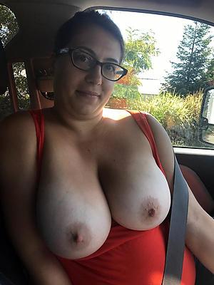 Free pics of mature car sex