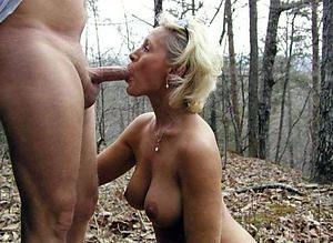 Xxx older women giving blowjobs
