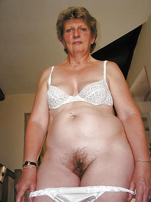 Busty granny nude women pictures