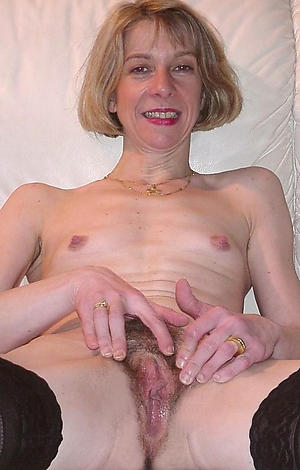 Xxx women with hairy pussy pics