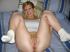 Chilly free mature cunt pics