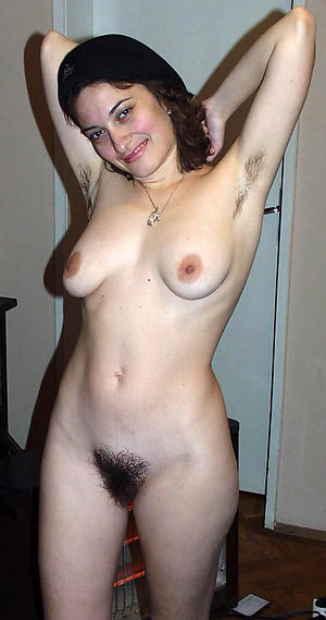 Basic mature amateur photos