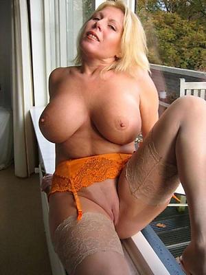 Slutty mature blonde photos