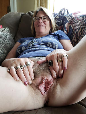 Amateur mature cheating housewives