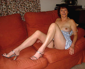 Amateur sexy naked moms