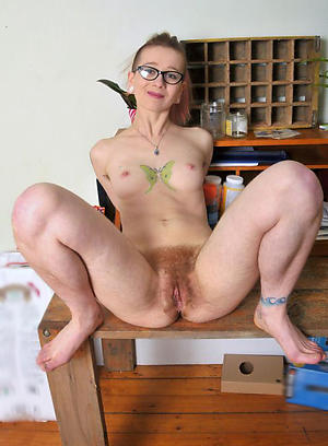 Free skinny mature pussy pics