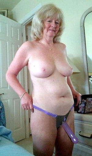 Busty sexy mature wife