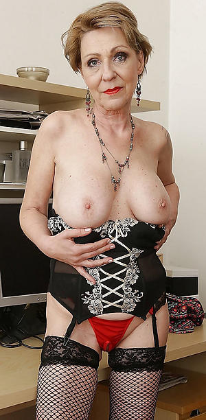 Mature natural women