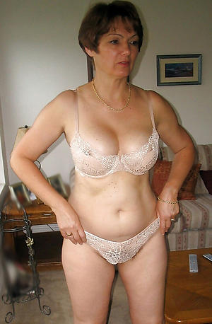 Order about mature lady overt