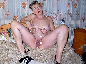 Naughty mature lady naked