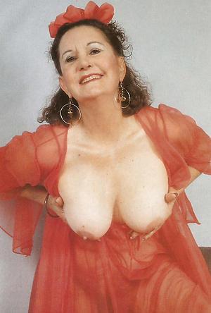Beamy fruit mature tits pics