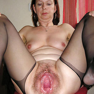 Gorgeous mature european pussy