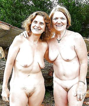 Xxx naked mature groups