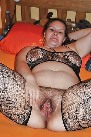 Unshaved nude women amateurish mature pics