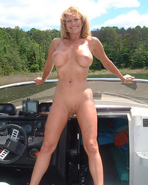 Free mature nude babes