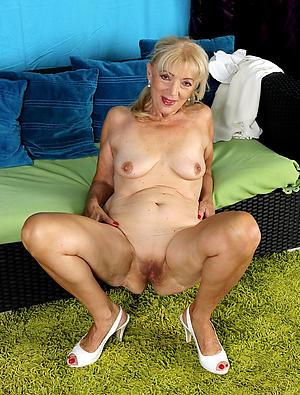 Best mature classic porn galleries