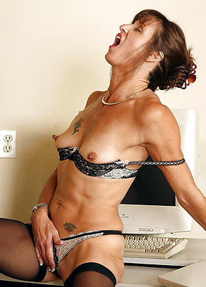 Amateur pics of private matured porn