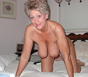 Horny mature erotic galleries