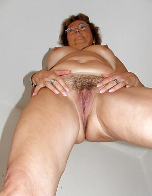 In one's birthday suit european mature amateur pictures