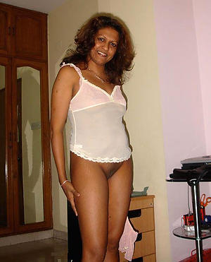 Sweet mature indian porn amateur pictures