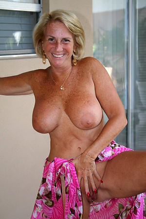 Amateur pics of natural boobs mature