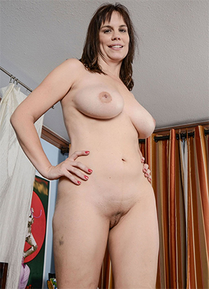Inexperienced natural mature breasts