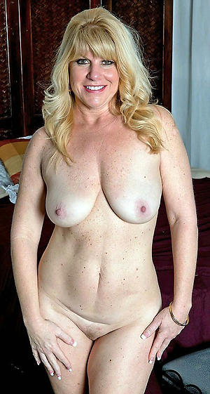 Grown-up non-professional milf
