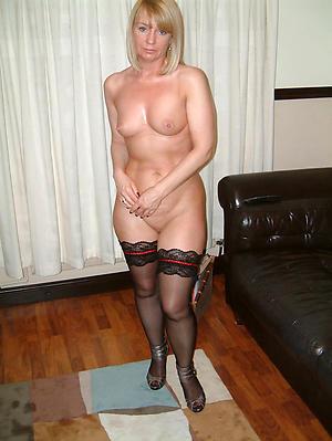 Nude mature white women photos