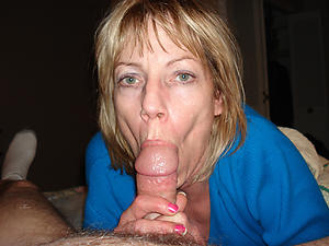 Pretty mature strumpet xxx
