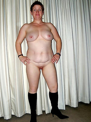 Handsome mature wife nude photos