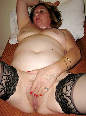 Inexperienced mature wife pictures