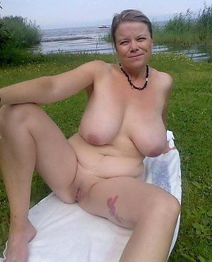Slutty hot mature cougars coition pics