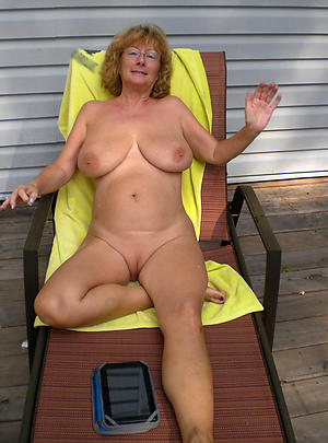 Busty housewife hot mature cougars