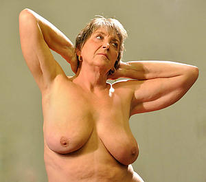 Nude sexy grandma photos
