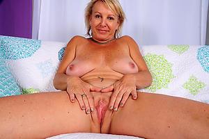 Naughty mature vagina nude pics