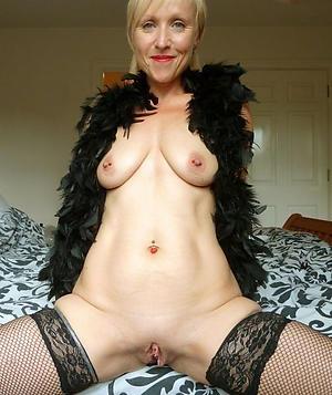 Nude mature vagina pictures
