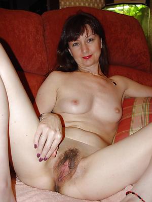 Amazing matured women vagina
