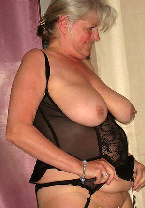 Naughty curvy busty mature nude pics